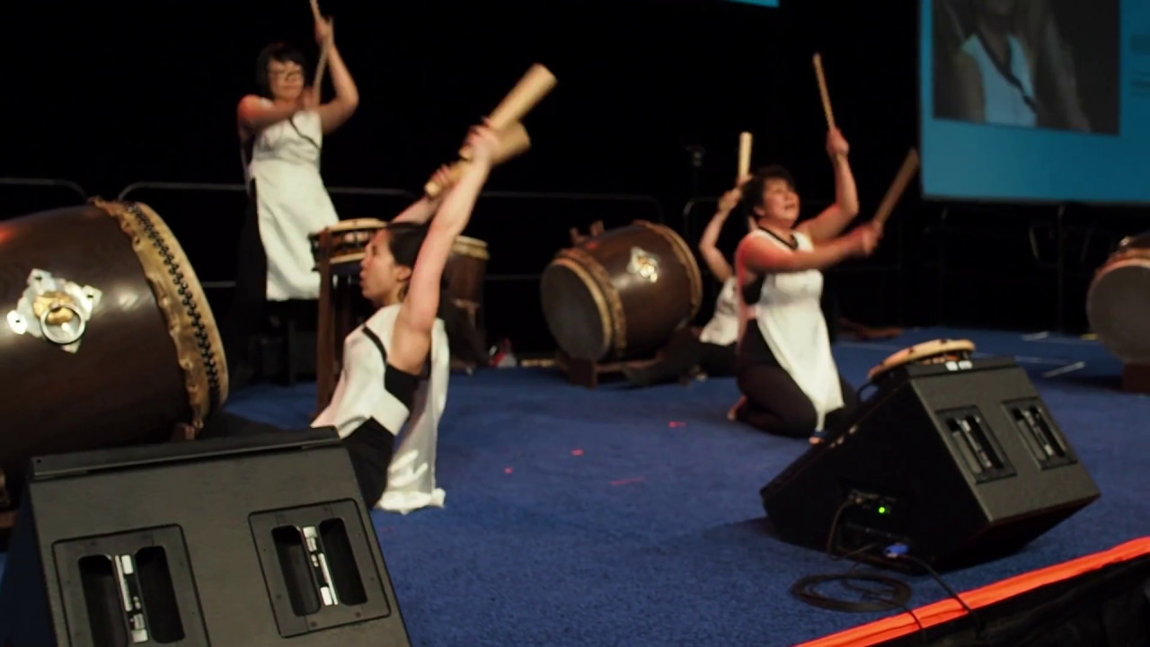 Naked japanese drummers